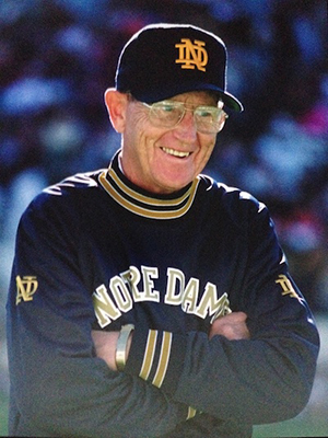 how tall is lou holtz