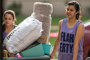 Move-in day of Welcome Weekend 2016