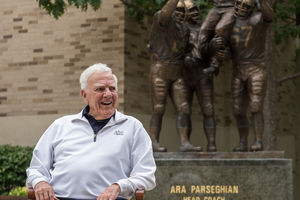 Aug. 29, 2014; Former football coach Ara Parseghian.For Notre Dame MagazinePhoto by Matt Cashore/University of Notre Dame