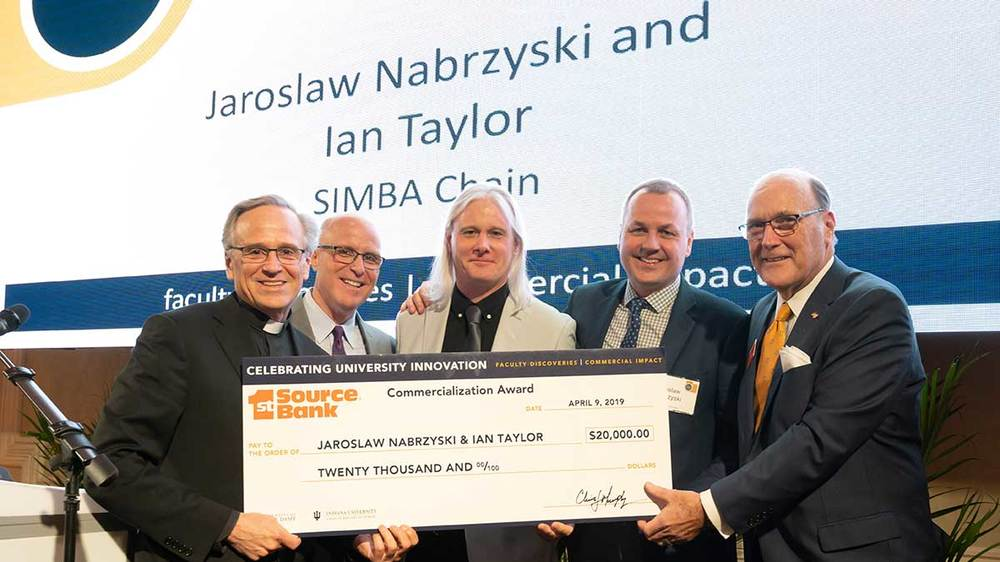 1st Source Commercialization Award. Photo by Matt Cashore/University of Notre Dame.
