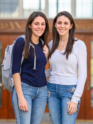 Olivia, left, and Sofia Perez '21 (Photo by Matt Cashore/University of Notre Dame)