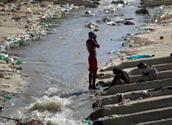 Students in new global health graduate program evaluate Haiti cholera project
