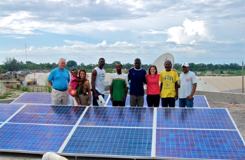 Solar installation team at Residence Filariose