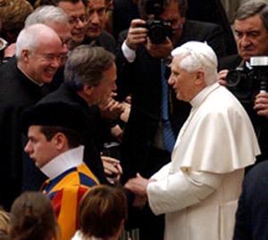 Pope Benedict XVI greets Rev. John I. Jenkins, C.S.C.
